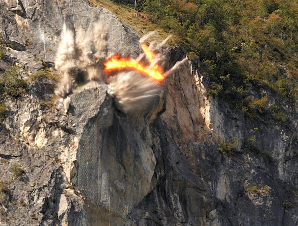 Demolizione con esplosivo Comune Trento